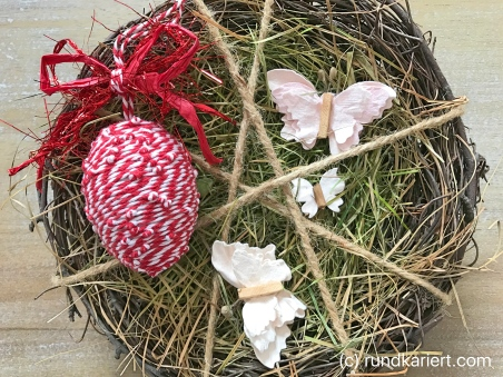 Ei Ostern basteln Band rot und weiß