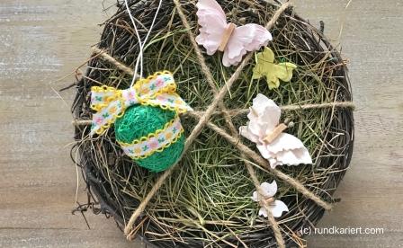 Osterei Ostergras Geschenkband