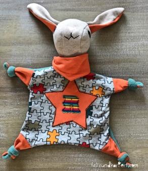 Schlafanzug Kuschelhasi Schlafi Babyanzug Strampler vlisofix baumwolljersey klimperklein rundkariert ruka Anleitung Schnittmuster