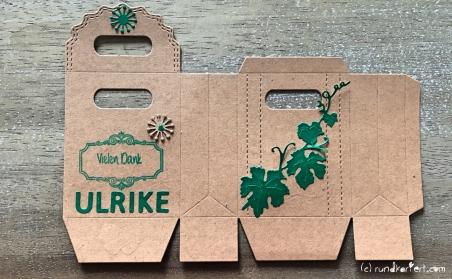 Anleitung Kleines Dankeschön Flaschenanhänger Box Sizzix stempeln rundkariert ruka unikate