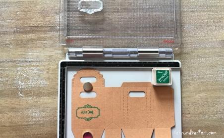 Anleitung Kleines Dankeschön Flaschenanhänger Box Sizzix stempeln rundkariert vielen Dank