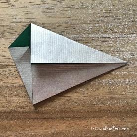 Adventskalender türchen Nr. 2 Origamistern DIY Anleitung rundkariert ruka unikate 4