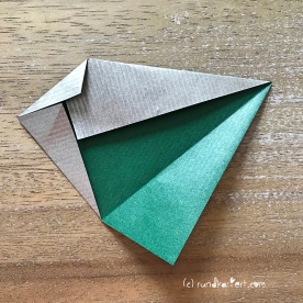 Adventskalender türchen Nr. 2 Origamistern DIY Anleitung rundkariert ruka unikate 6