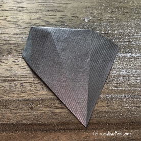 Adventskalender türchen Nr. 2 Origamistern DIY Anleitung rundkariert ruka unikate 8