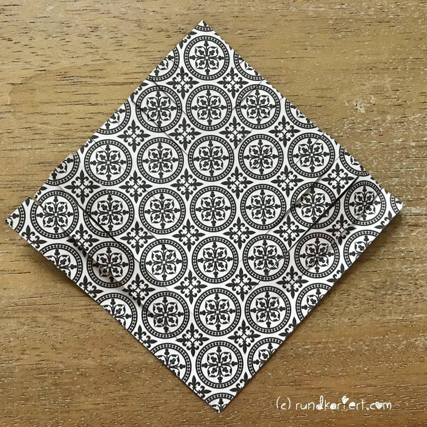 Adventskalender Türchen Nr. 6 Papierstern geschnitten DIY falten