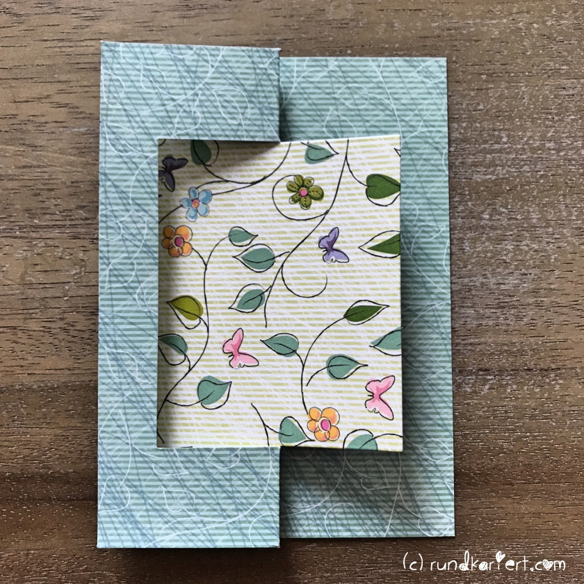 Karte_Geburtstag_Flower_Power_Sizzix_Anleitung_DIY_rundkariert_Swing_Card