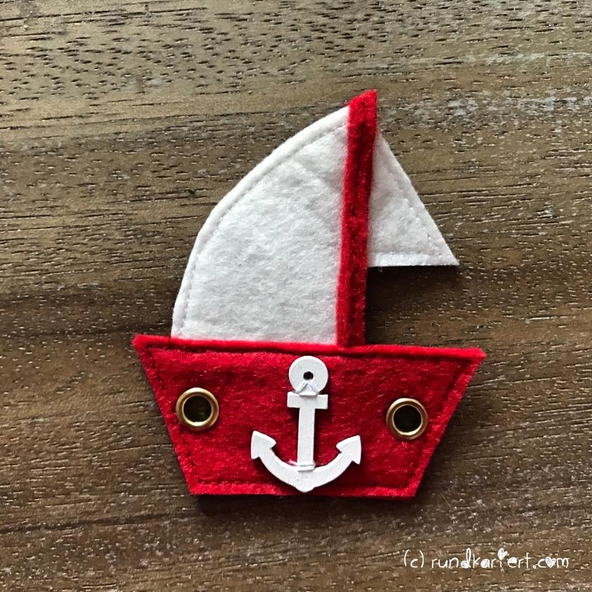 Quiet_Book_Beschäftigungsbuch_Baby_Anleitung_nähen_DIY_rundkariert_Segelboot_Anker